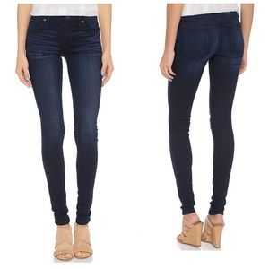 Joe's Jeans | Flawless Mid Rise Icon Skinny Jeans